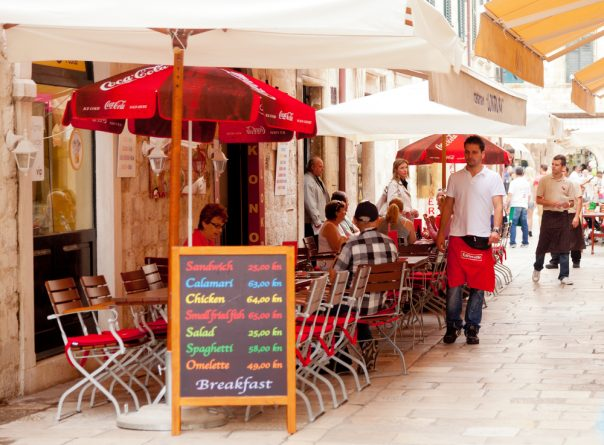 Croatia's Coast. Split city. Sidewalk restaurants, Dubrovnik