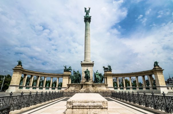 10 Budapest Pictures that will make you Want to Pack your Bags. Heroes Square with Millenium Memorial