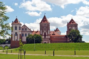 Explore Belarus at Own Pace Tour. Belarusian Castles of Mir and Nesvizh